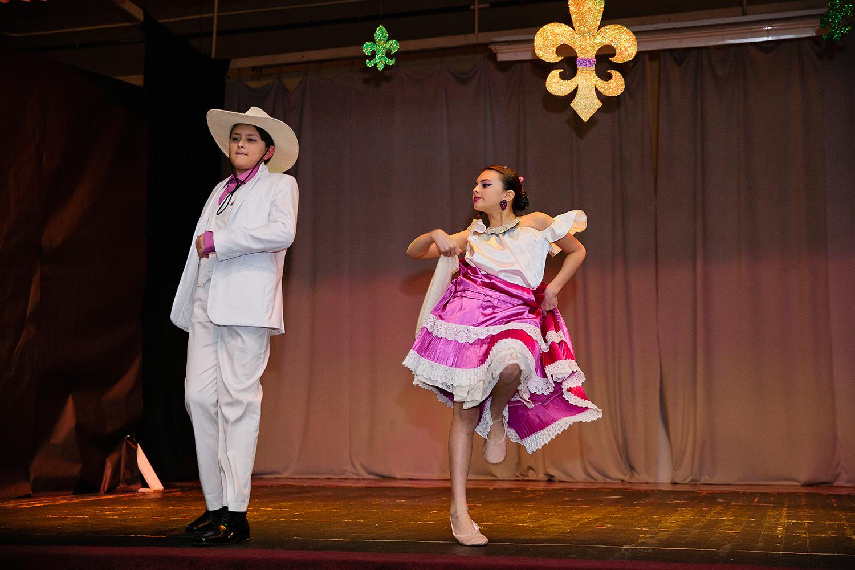Image-13-Thomas-Tori-dancing